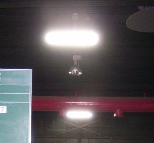 子ども科学館高天井照明取替工事 018-2.jpg